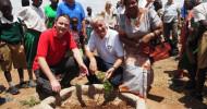 Fingerhut Haus und FLY & HELP bauen Vorschulgebäude in Burundi