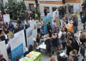 Fernweh: AUF IN DIE WELT-Messe am 12.10.2019 in Ingolstadt zeigt Wege zu Schüleraustausch und Gap Year