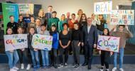 Safer Internet Day 2020: klicksafe klärt über Meinungsmacht und Verantwortung von Influencern auf (FOTO)
