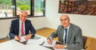 Deutsche Vermögensberatung AG (DVAG) und Fachhochschule der Wirtschaft (FHDW) verlängern Zusammenarbeit / Erfolgreiche Studiengänge gehen in die nächste Runde (FOTO)