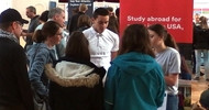 Fernweh 2021: AUF IN DIE WELT-Messe am 07.11.2020 in Düsseldorf zeigt Schüleraustausch und Gap Year nach Corona