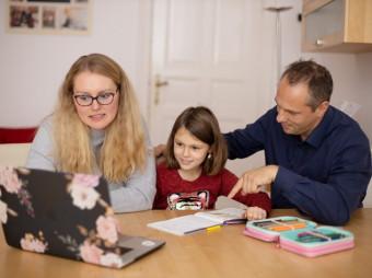 Wissenslücken durch Corona / Fit für den Schulwechsel? Neues Übertrittsquiz gibt Familien nach Corona-Schuljahr Sicherheit (FOTO)