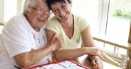 Altenpflege und Therapie – Wehrfritz und Volkshochschule Coburg starten gemeinsames Kursprogramm für Angehörige und Betroffene